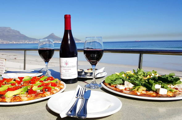 Cape Town cuisine and dining with Table Mountain views.
