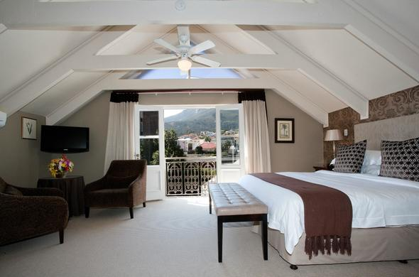Luxury Room accommodation offered at Fairways on the Bay.